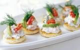Toast skagen | Tartine di gamberetti in salsa skagenröra | Svezia